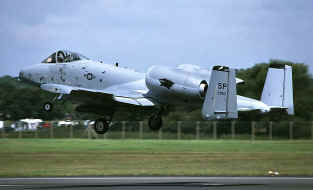 A10 SP taking-off.jpg (63168 octets)