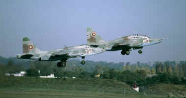 SU25 taking-off.JPG (50569 octets)