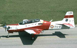 Tucano 312 UI roulage.jpg (67663 octets)